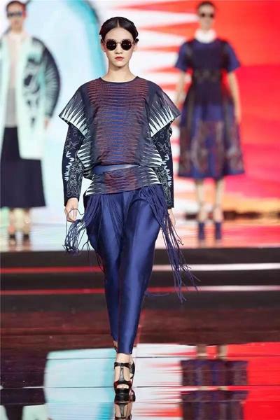 曹宇培-中国原创服装设计师聚集之地-北京左衽服装